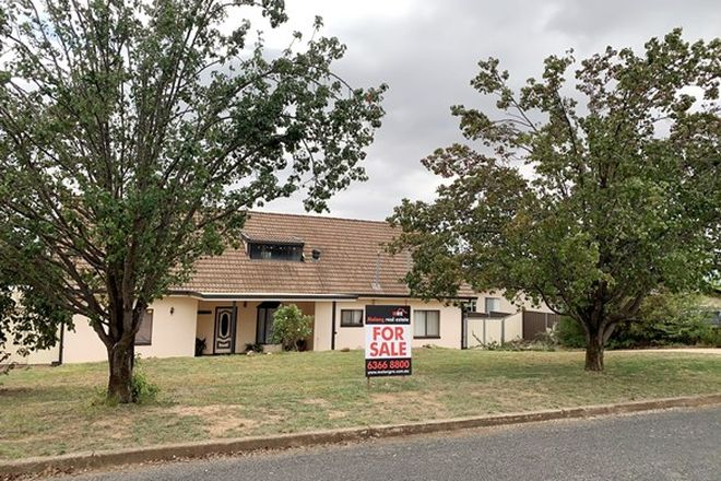 Picture of 29 Park Street, MOLONG NSW 2866