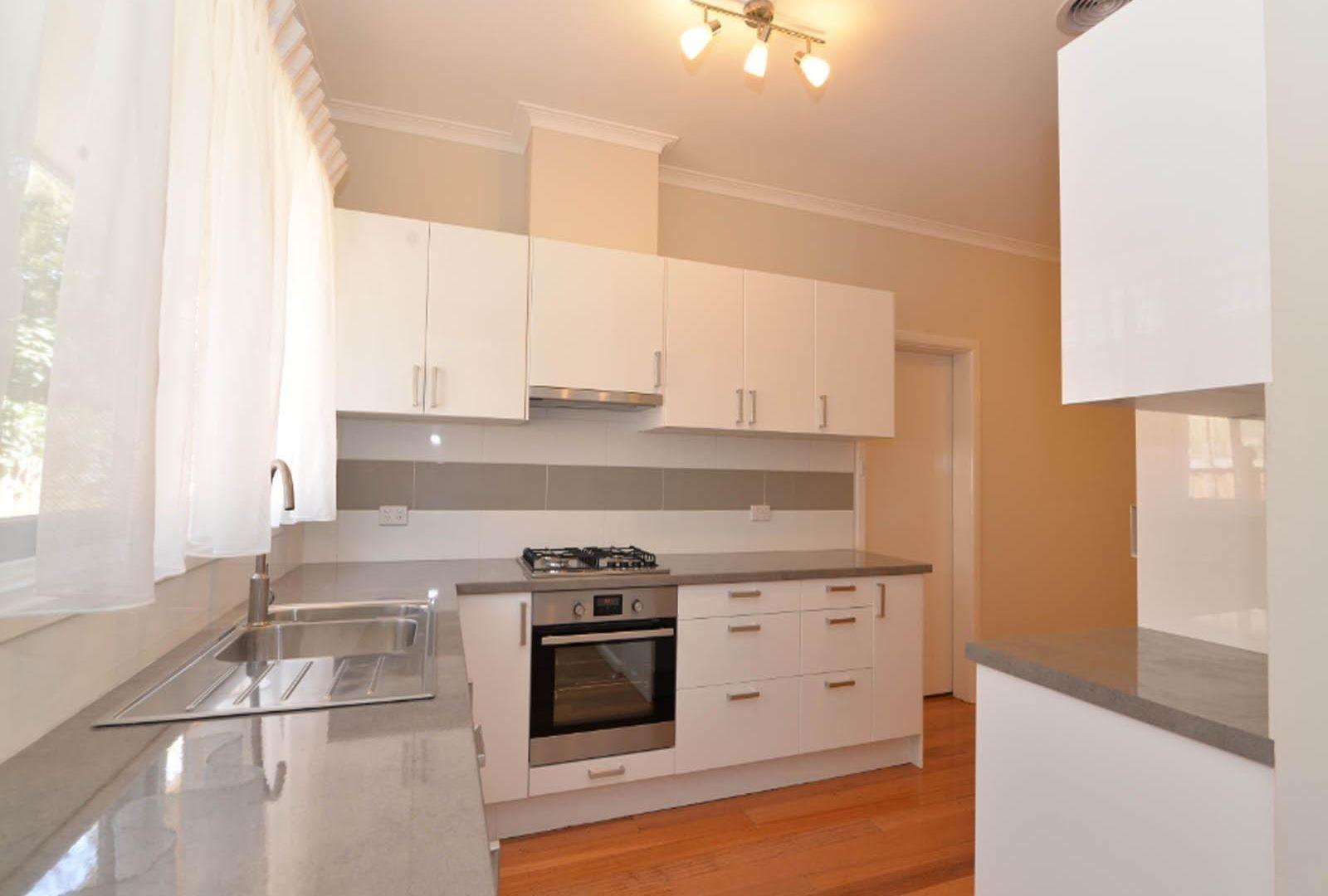 47 Homer Avenue, Croydon South VIC 3136, Image 2