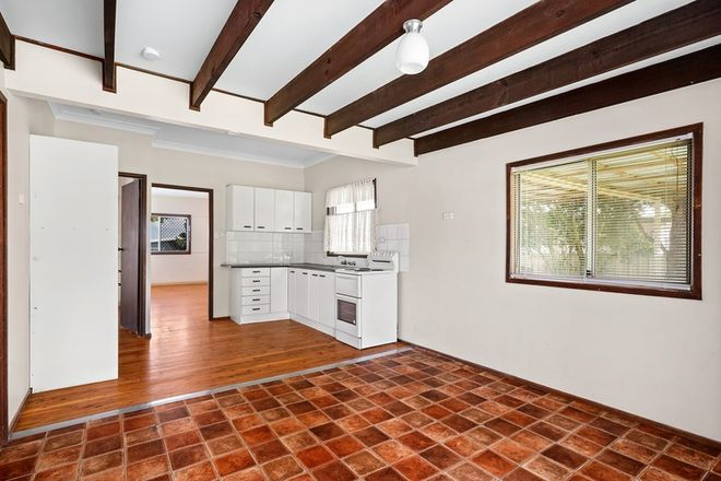 Picture of 38 Oaks Avenue, LONG JETTY NSW 2261