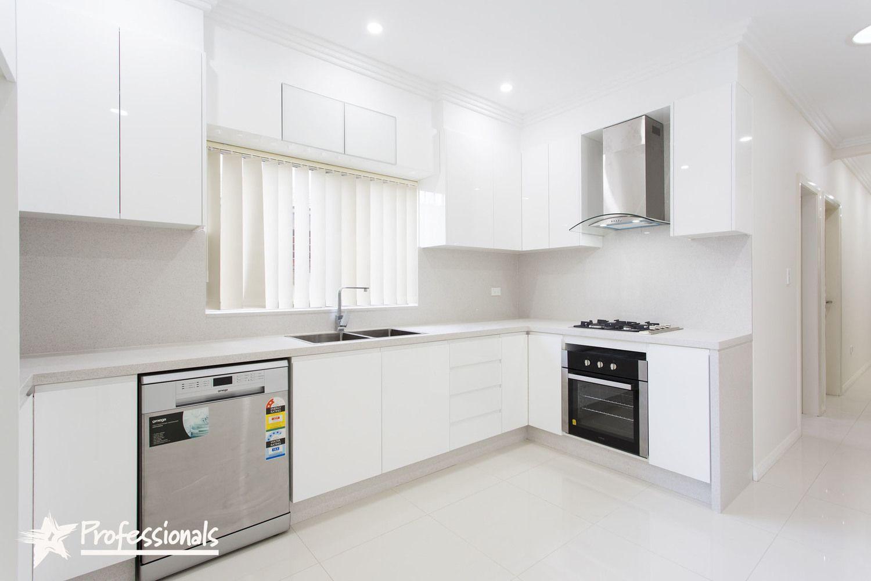 15 Richardson Avenue, Padstow NSW 2211, Image 2