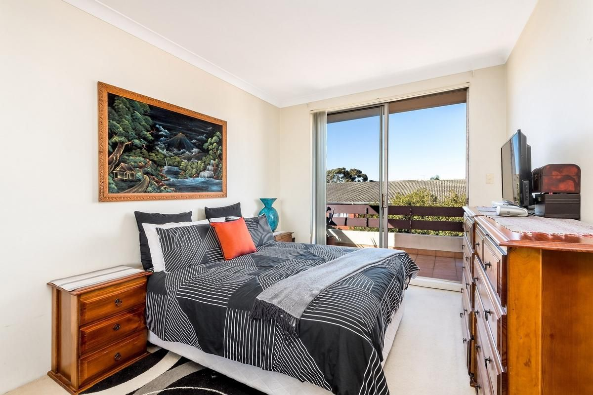 11/5 Norman Avenue, Dolls Point NSW 2219, Image 2