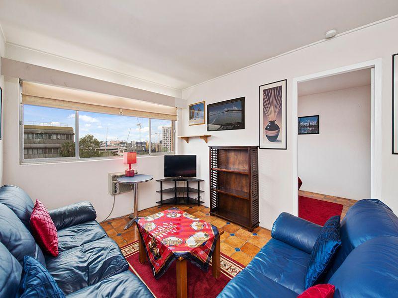 15/179 Kennigo Street, Spring Hill QLD 4000, Image 2
