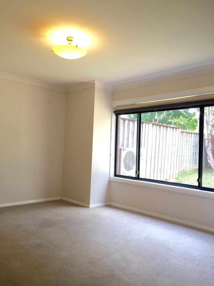 4/2 Parsonage Road, Castle Hill NSW 2154, Image 2