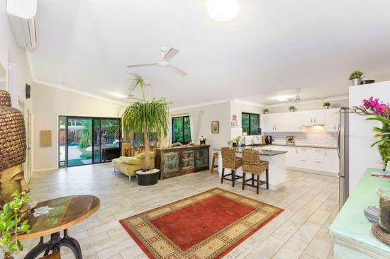 8 Coral Street, Saunders Beach QLD 4818, Image 2