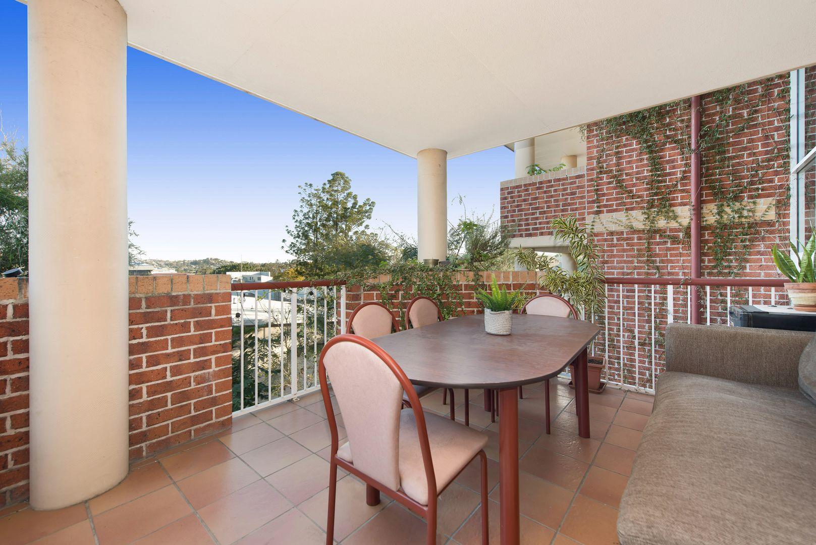 3/15 Wickham Street, Newmarket QLD 4051, Image 2