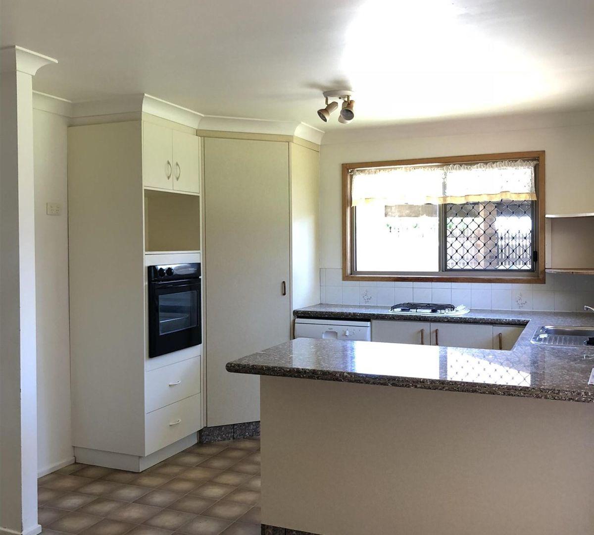 14 Reisling Court, Wilsonton QLD 4350, Image 1