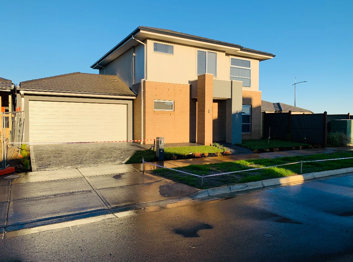 4 Harry Drive, Thornhill Park VIC 3335, Image 0