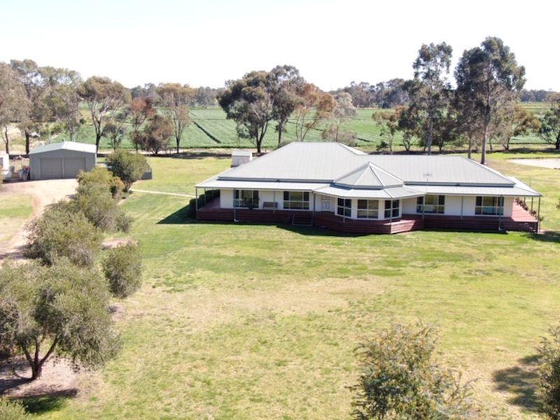 3 BILLABONG PLACE, Deniliquin NSW 2710, Image 2