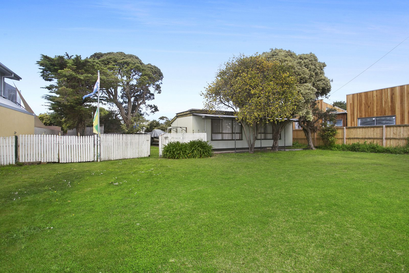 88 Golf Links Road, Barwon Heads VIC 3227, Image 2