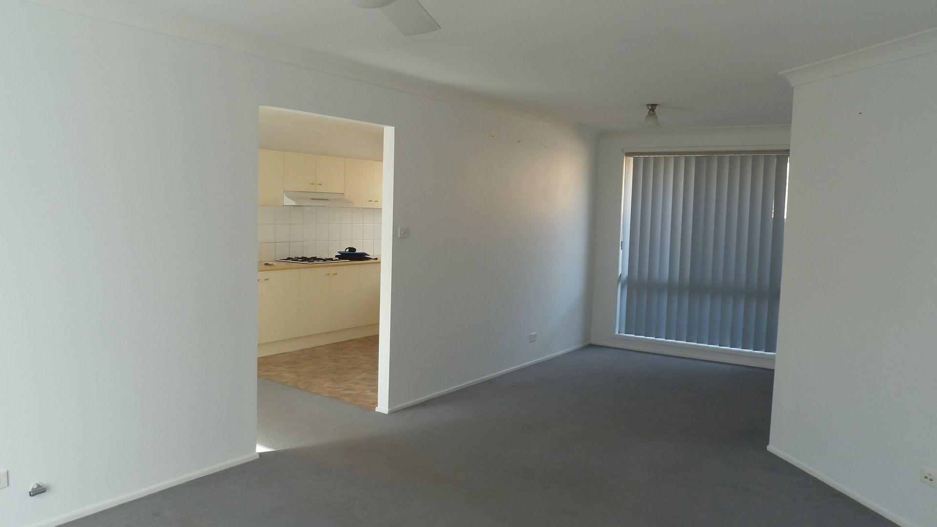 65 Aberdeen Circuit, Glenmore Park NSW 2745, Image 2