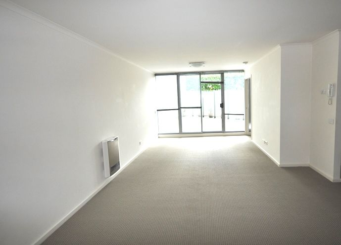 REF 12071/118 Dudley Street, West Melbourne VIC 3003, Image 1