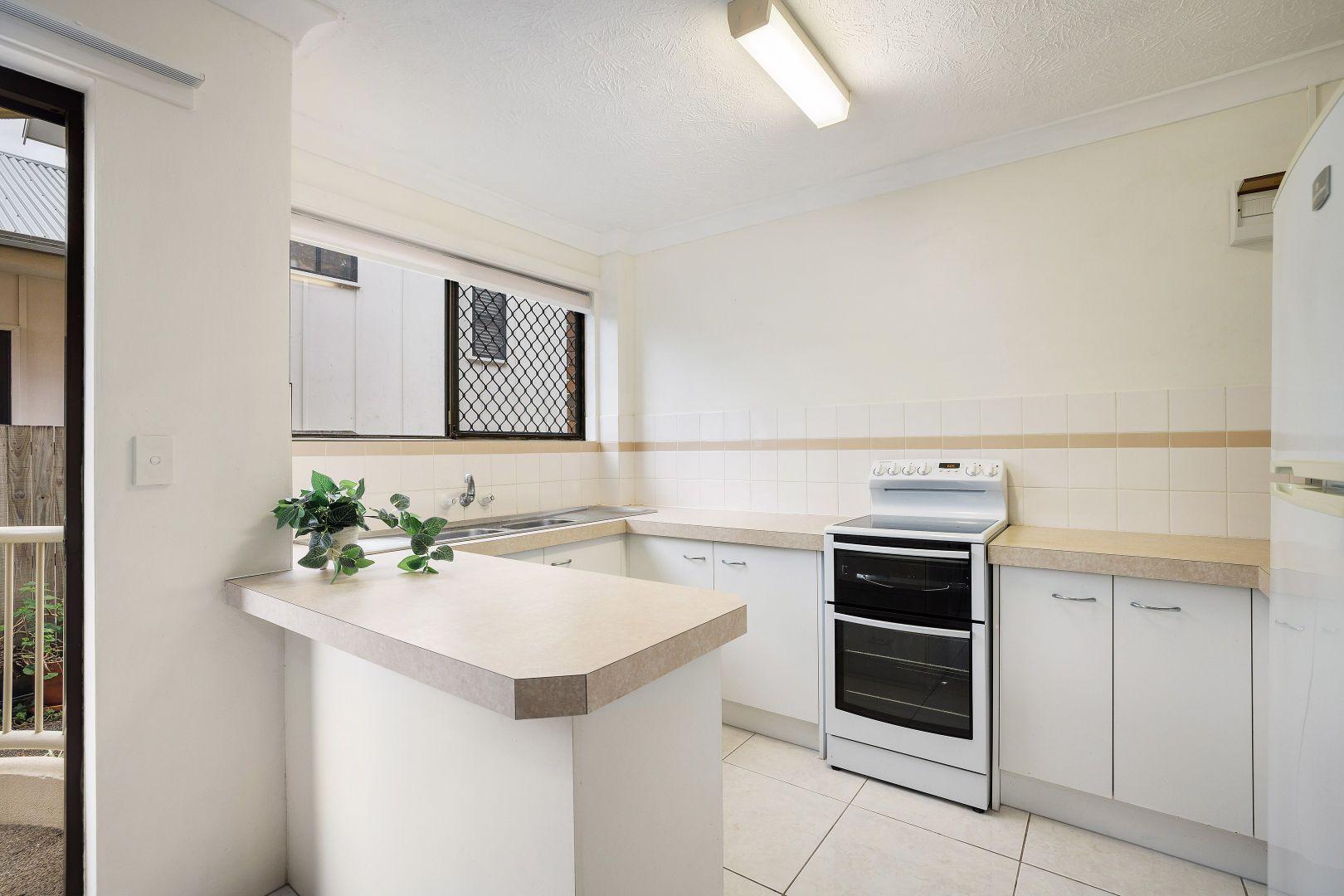 1/153 Golden Four Drive, Bilinga QLD 4225, Image 2