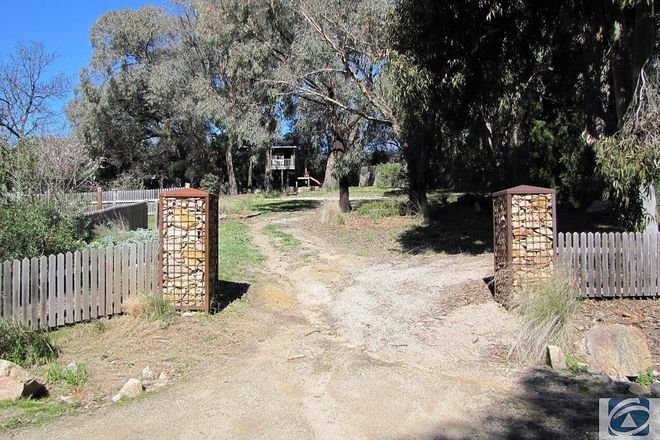 Picture of 31 Malakoff Road, BEECHWORTH VIC 3747
