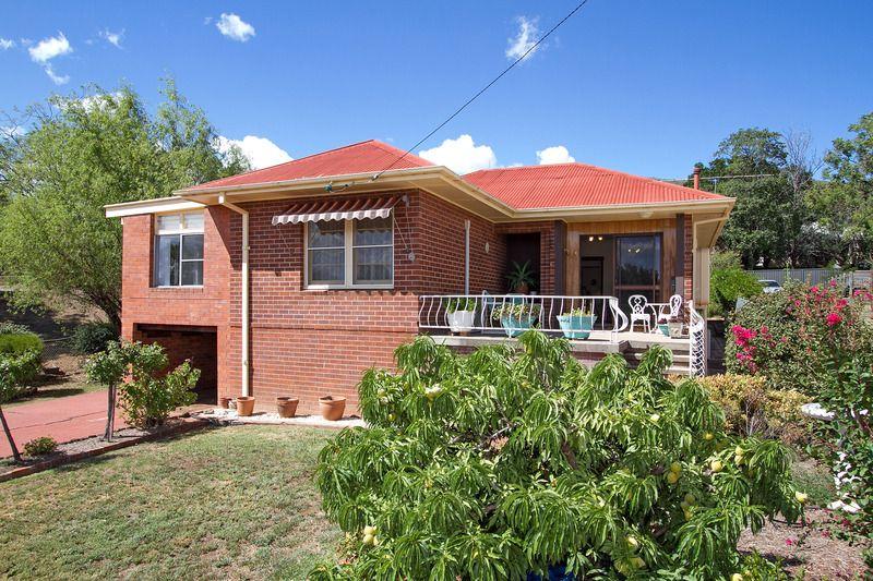120 RAWSON AVENUE, Tamworth NSW 2340, Image 0
