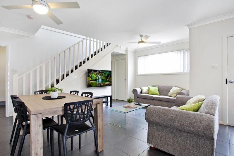 Room 306, 3/28 Dawson Street, Waratah NSW 2298, Image 1