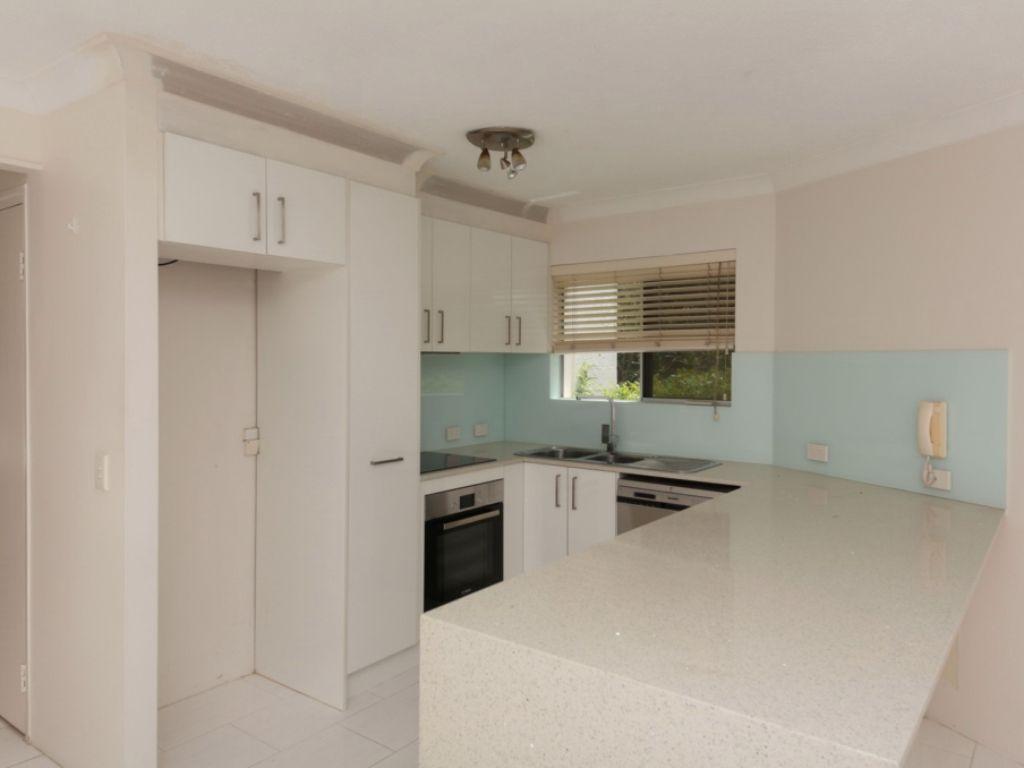4/5 Australia Avenue, Broadbeach QLD 4218, Image 1
