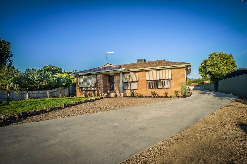1/560 Hague Street, Lavington NSW 2641, Image 2