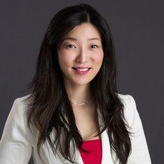 Shirley Lau, Sales representative