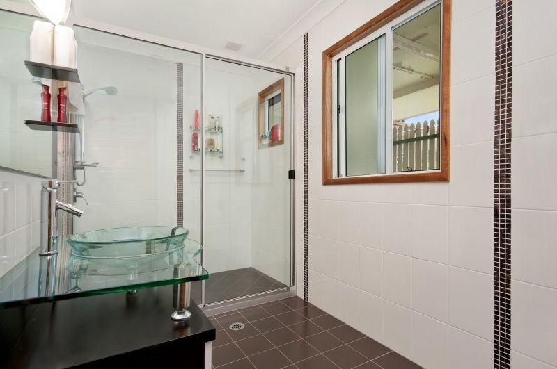 42 Macilwraith Street, Manoora QLD 4870, Image 2
