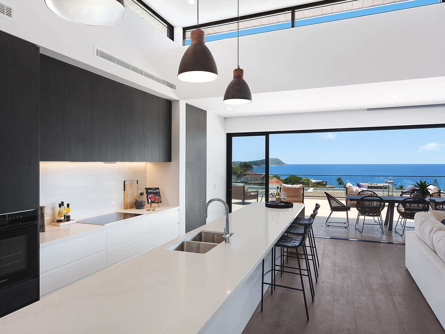 38 Campbell  Crescent, Terrigal NSW 2260, Image 2