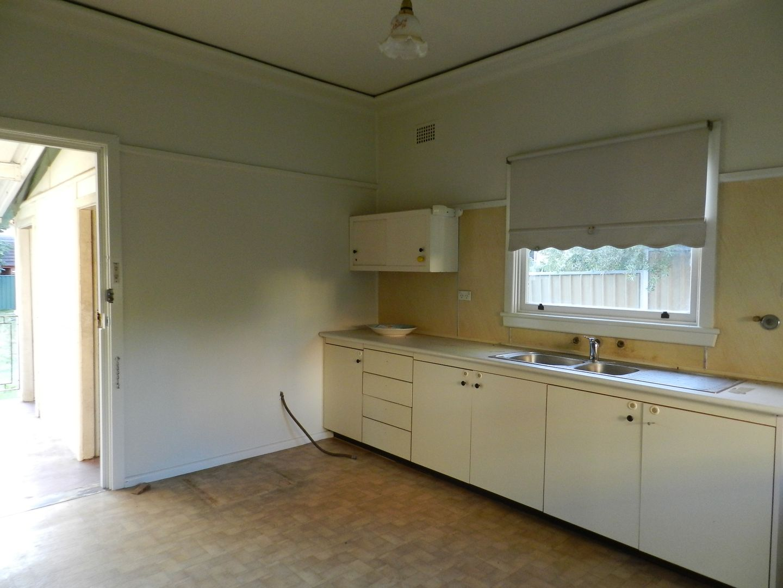 35 Doonmore Street, Penrith NSW 2750, Image 2