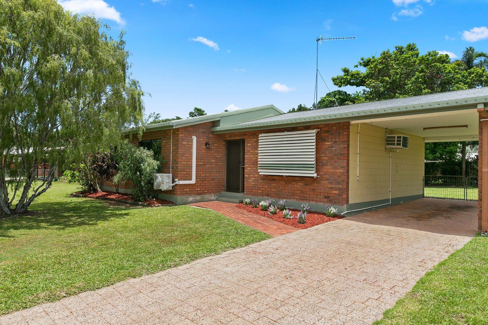 18 Banksia Street, Mooroobool QLD 4870, Image 0