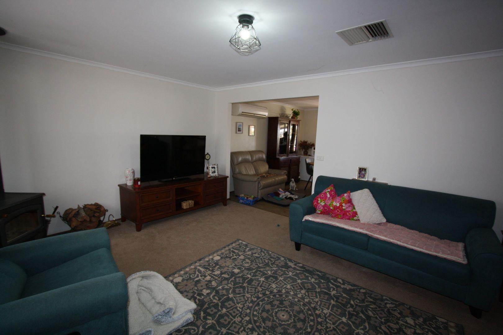 17 Belagoy St, Cobar NSW 2835, Image 2