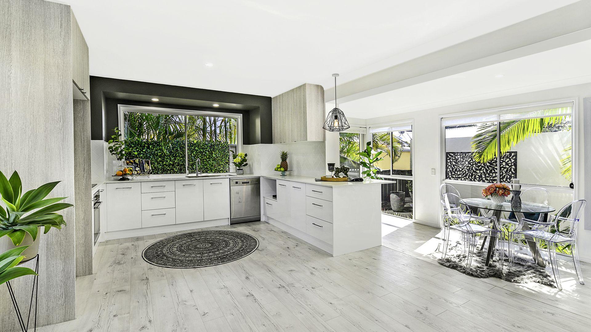 17 Wyndham Avenue, Southport QLD 4215, Image 1