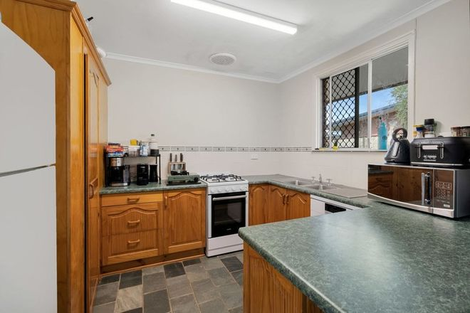 Picture of 75 Marti Street, BAYVIEW HEIGHTS QLD 4868