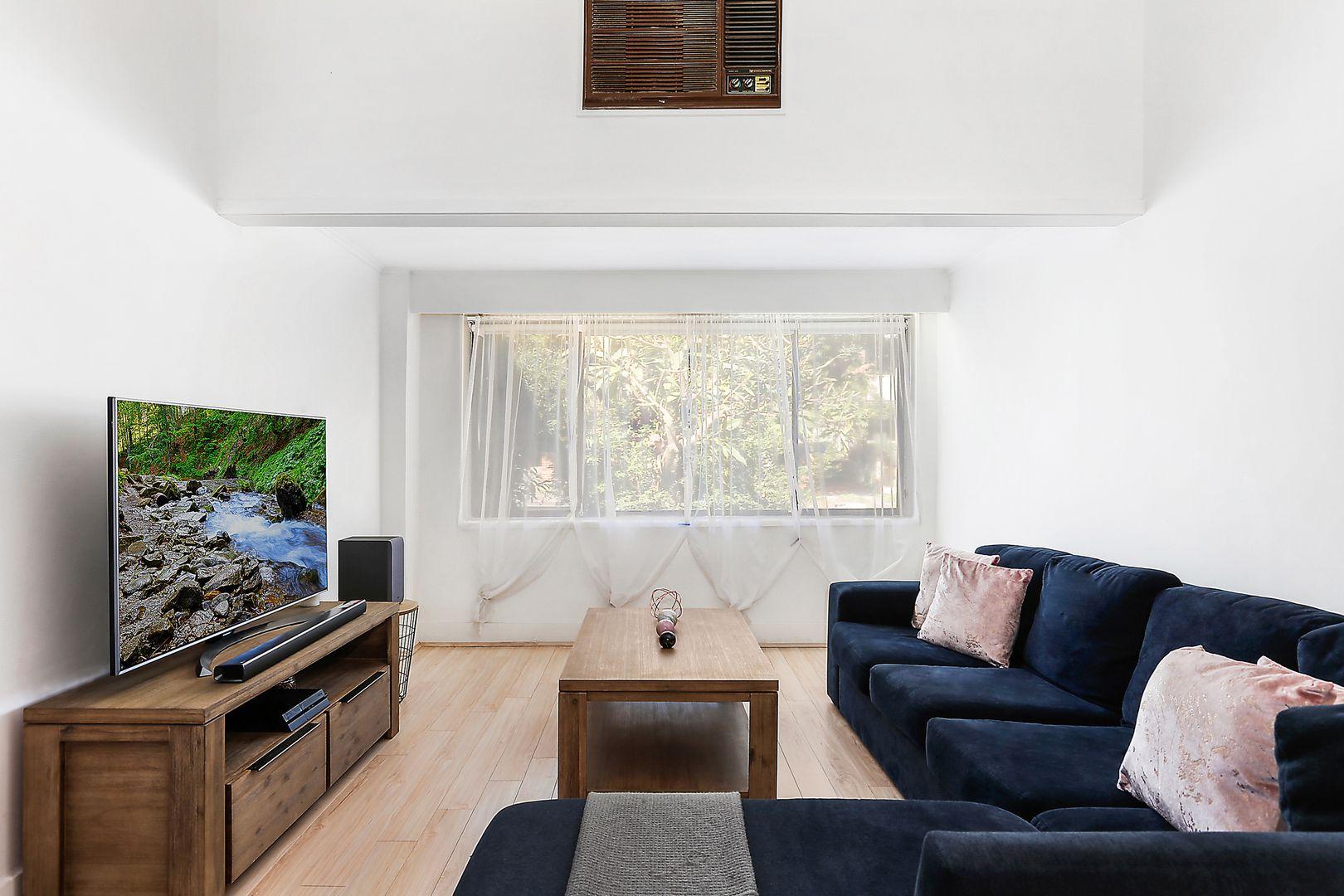 11 Barnes Avenue, Earlwood NSW 2206, Image 2