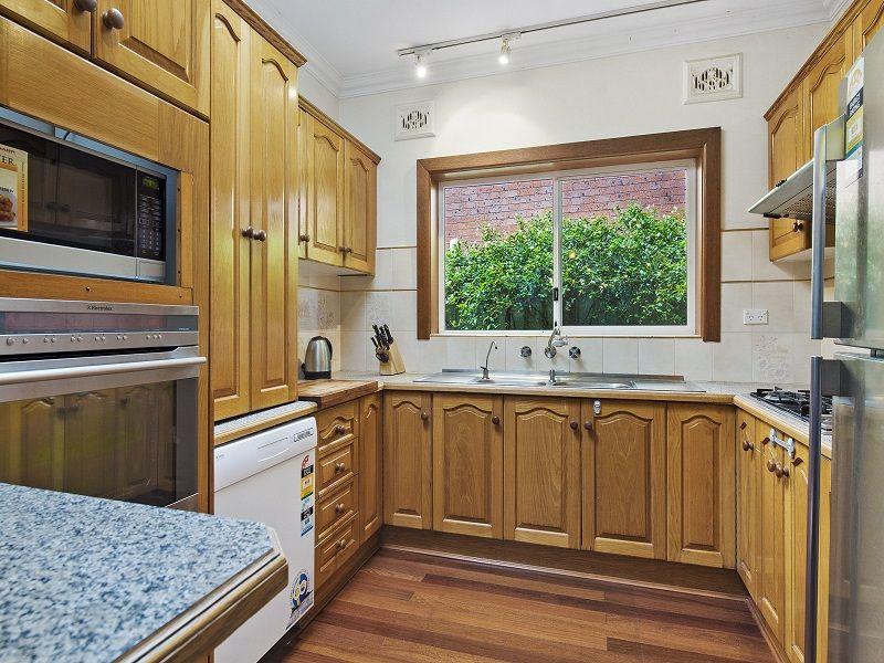 26 Irvine Crescent, Ryde NSW 2112, Image 2