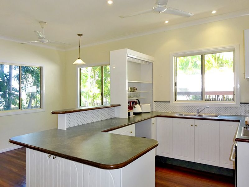 31 Shaw Street, West End QLD 4810, Image 2