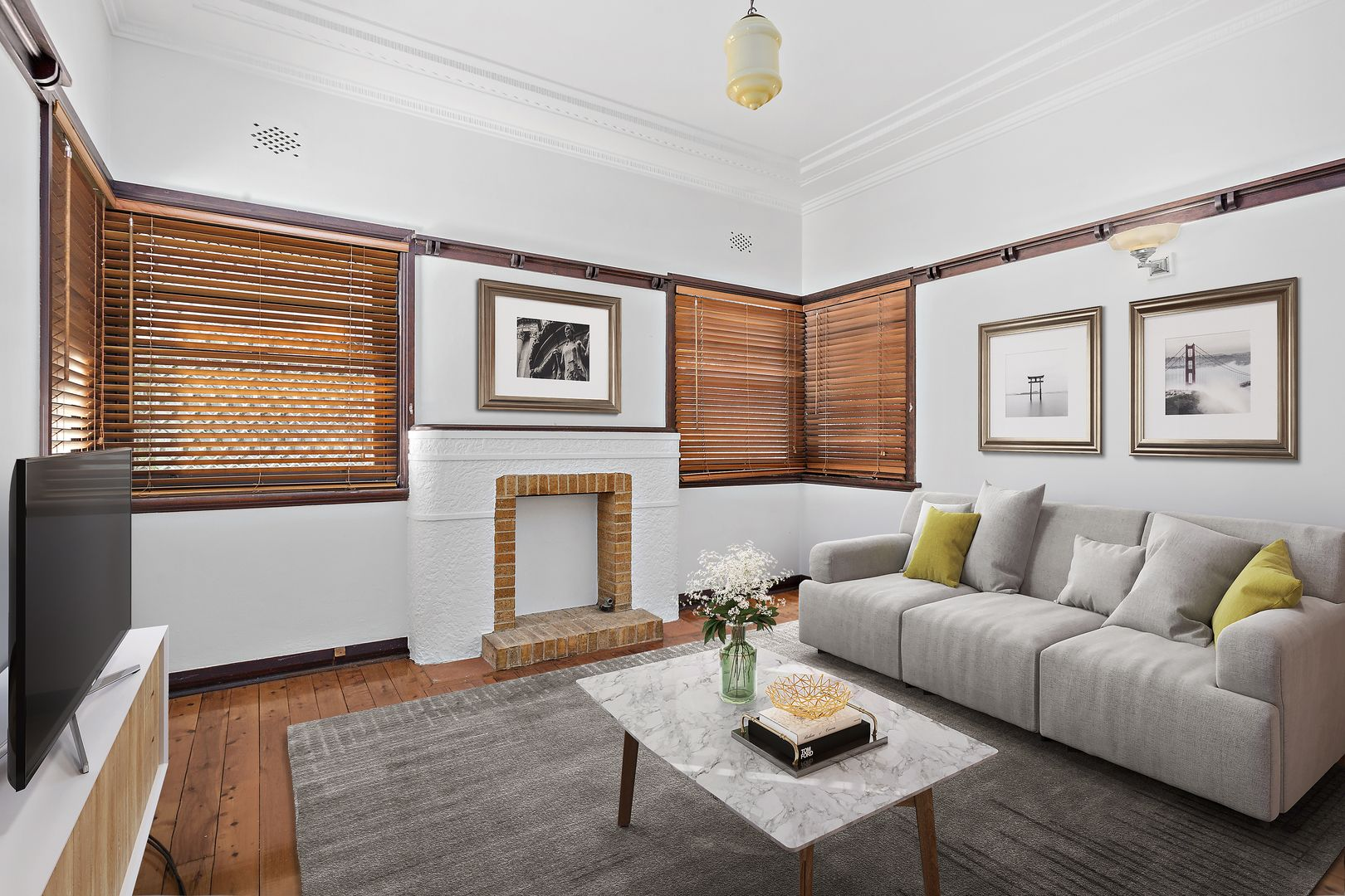 27 Rowland Avenue, Wollongong NSW 2500, Image 1