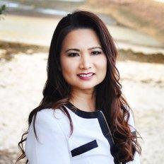Serena Carter, Sales & Marketing Specialist