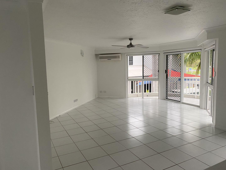8/4 Prudhoe Street, East Mackay QLD 4740, Image 2