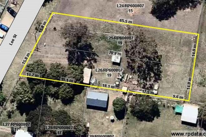 Picture of 19 LEE STREET, PORT CURTIS QLD 4700