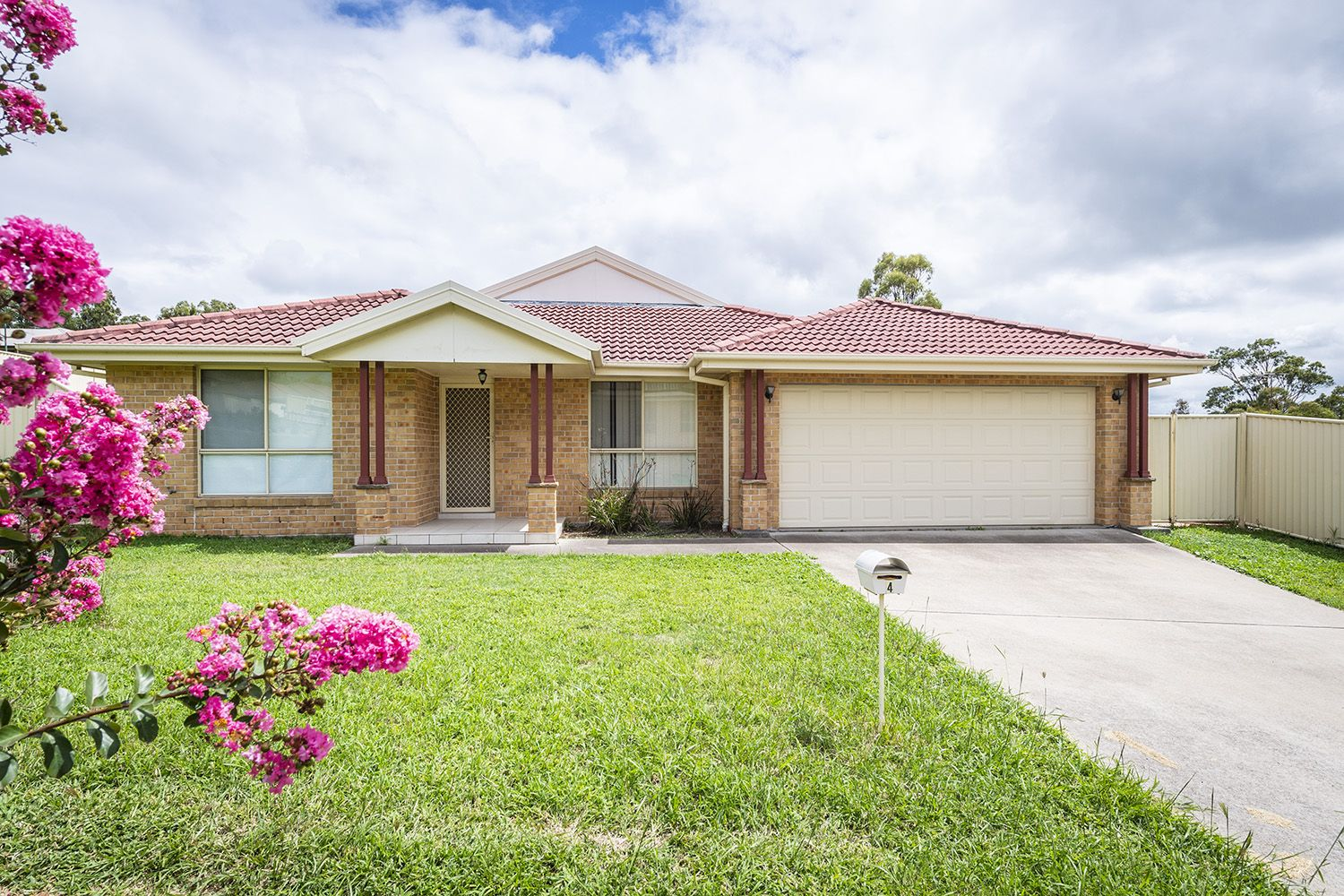4 Lou Fisher Place, Muswellbrook NSW 2333, Image 0