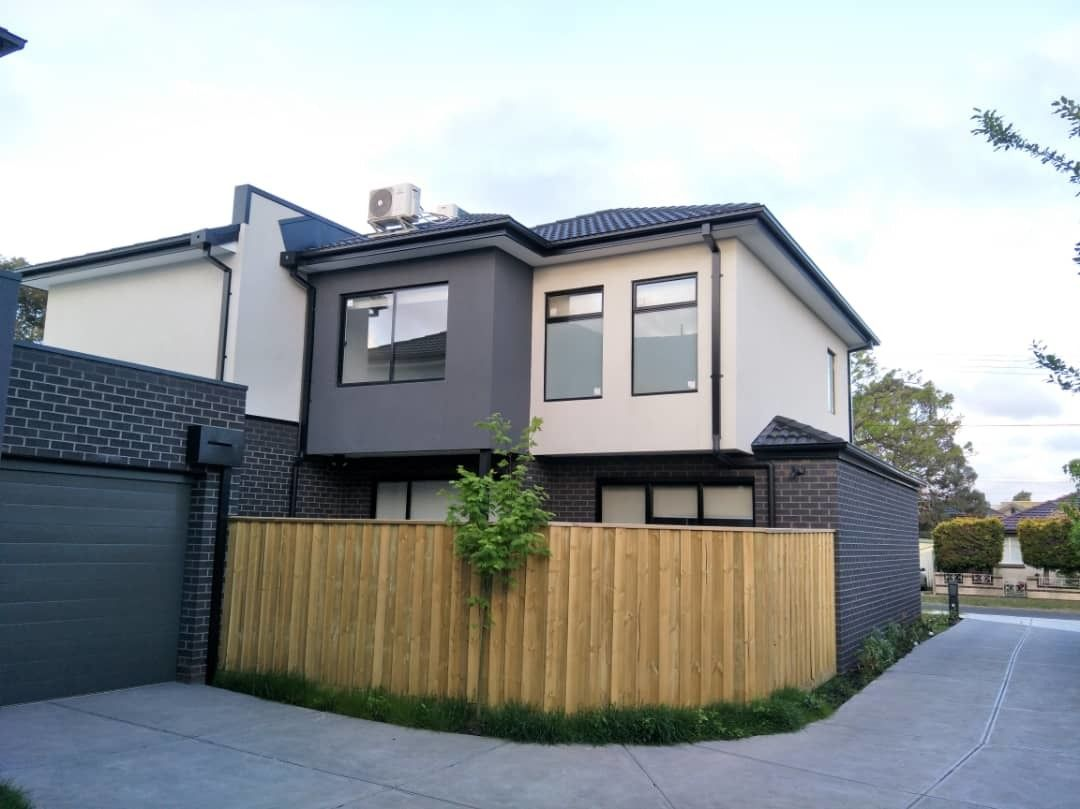 2/11 Dover St, Oakleigh East VIC 3166, Image 1