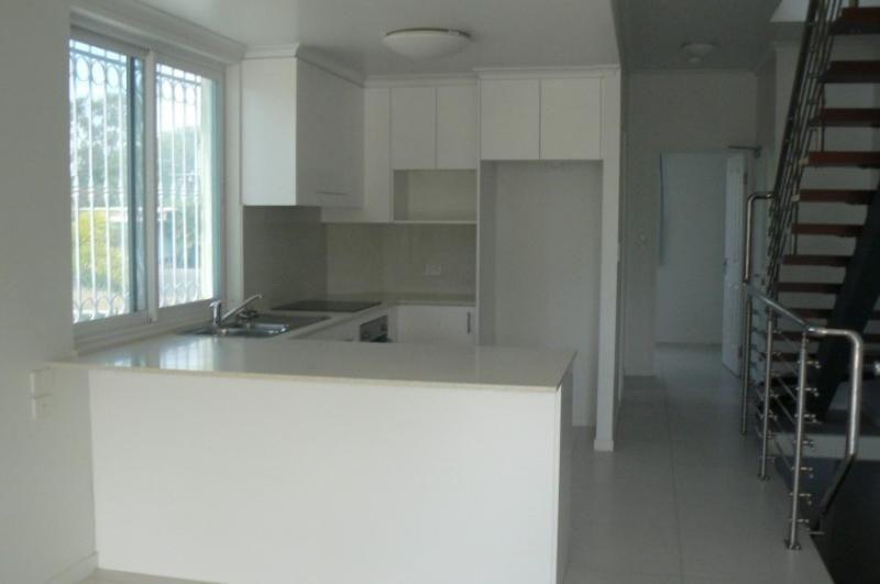 4/13-19 Hythe Street,, Pialba QLD 4655, Image 2