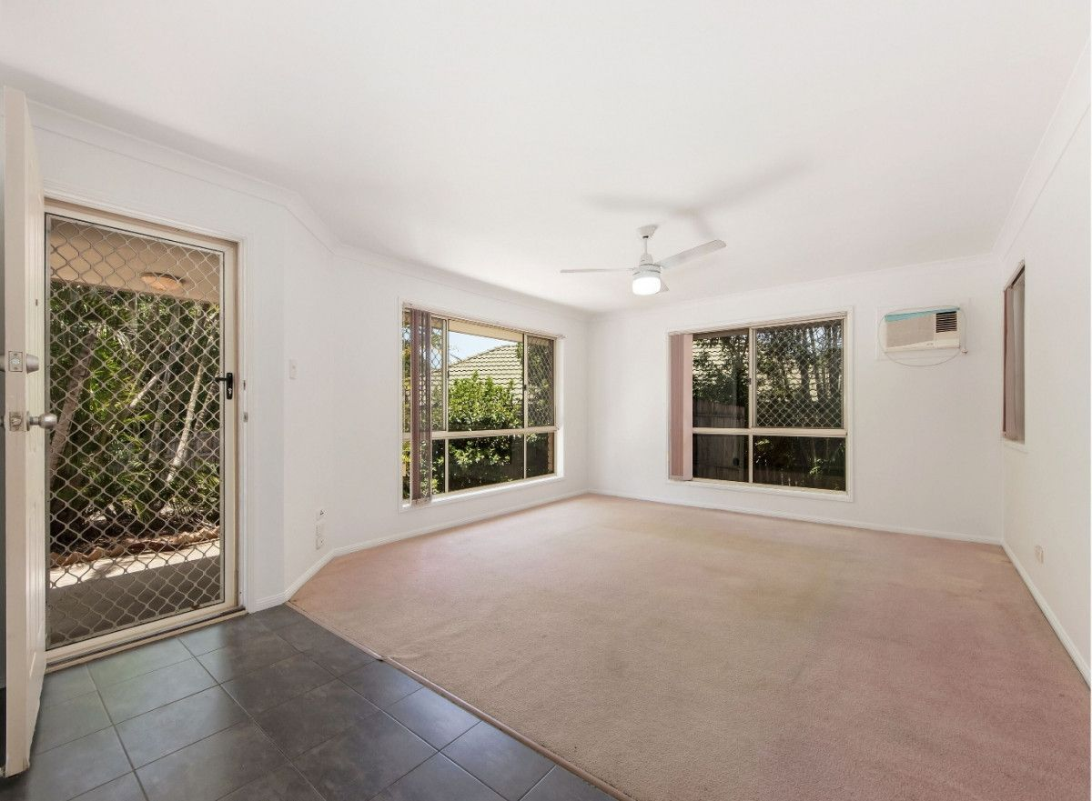 50 Cowley Drive, Flinders View QLD 4305, Image 2