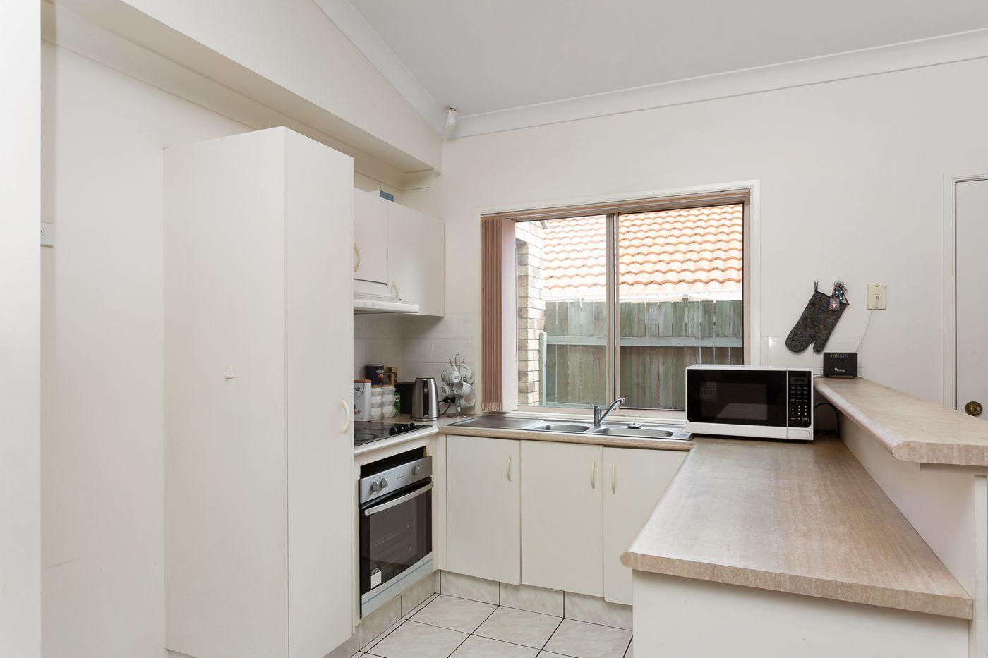 5 Thornton Close, Forest Lake QLD 4078, Image 2