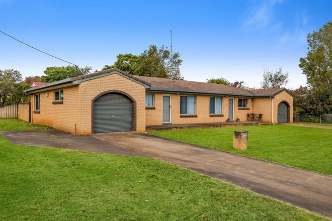 Picture of 16 Marigold Street, CENTENARY HEIGHTS QLD 4350