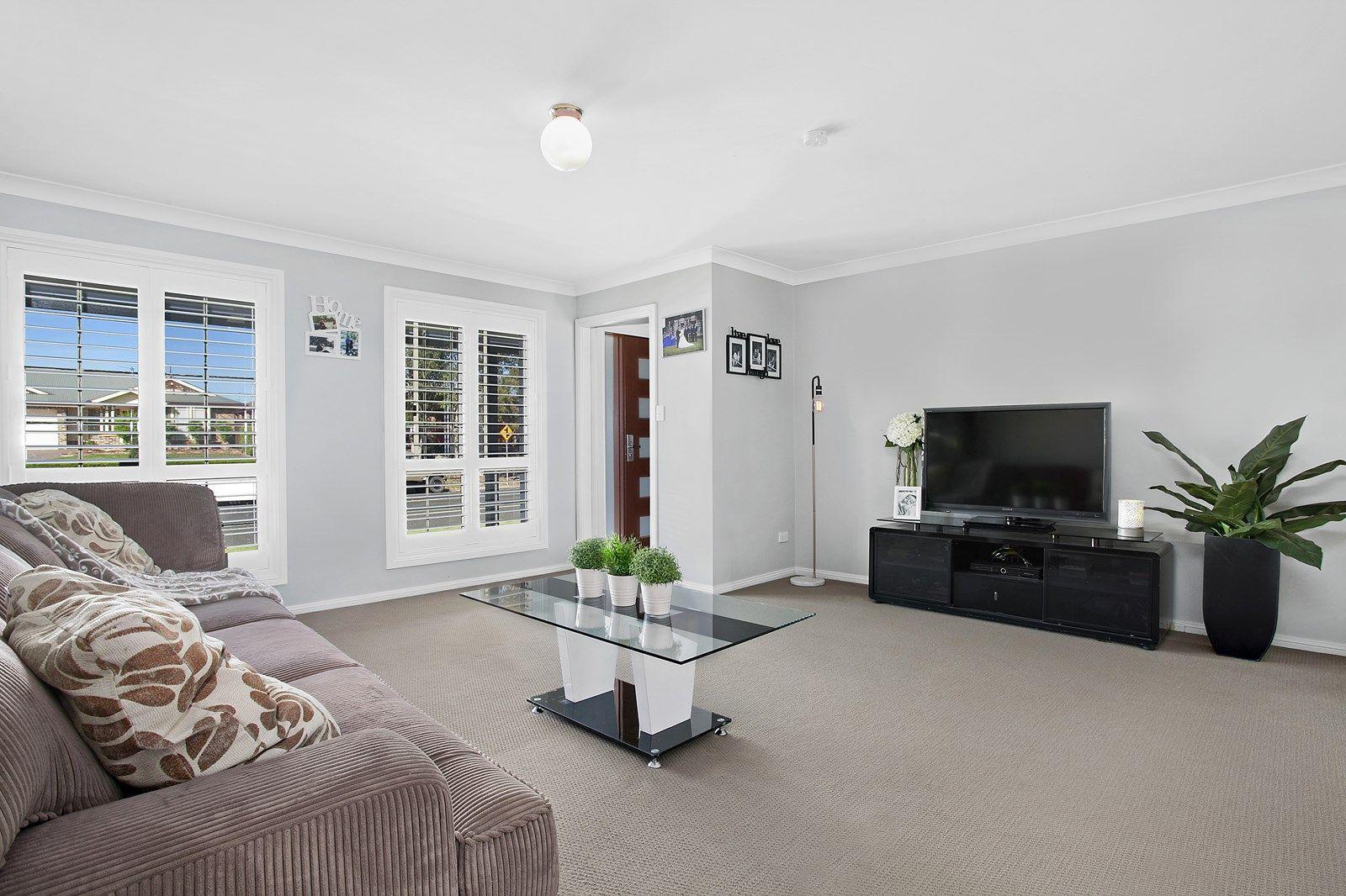 8 Wolseley Road, Mcgraths Hill NSW 2756, Image 2