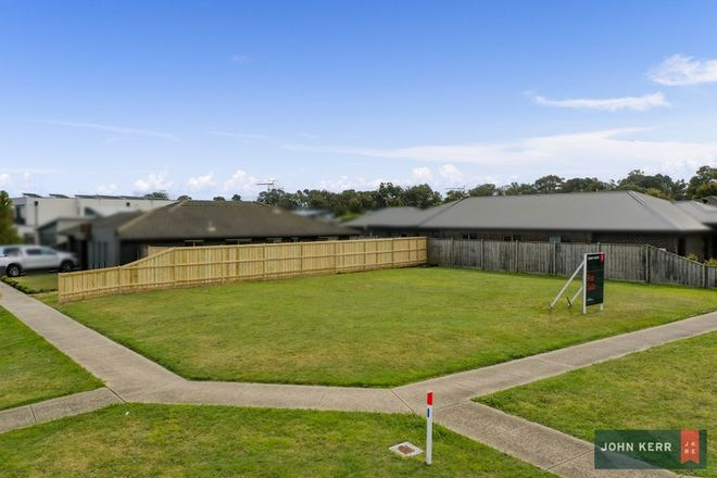 Picture of 20 Montane Boulevard, NEWBOROUGH VIC 3825