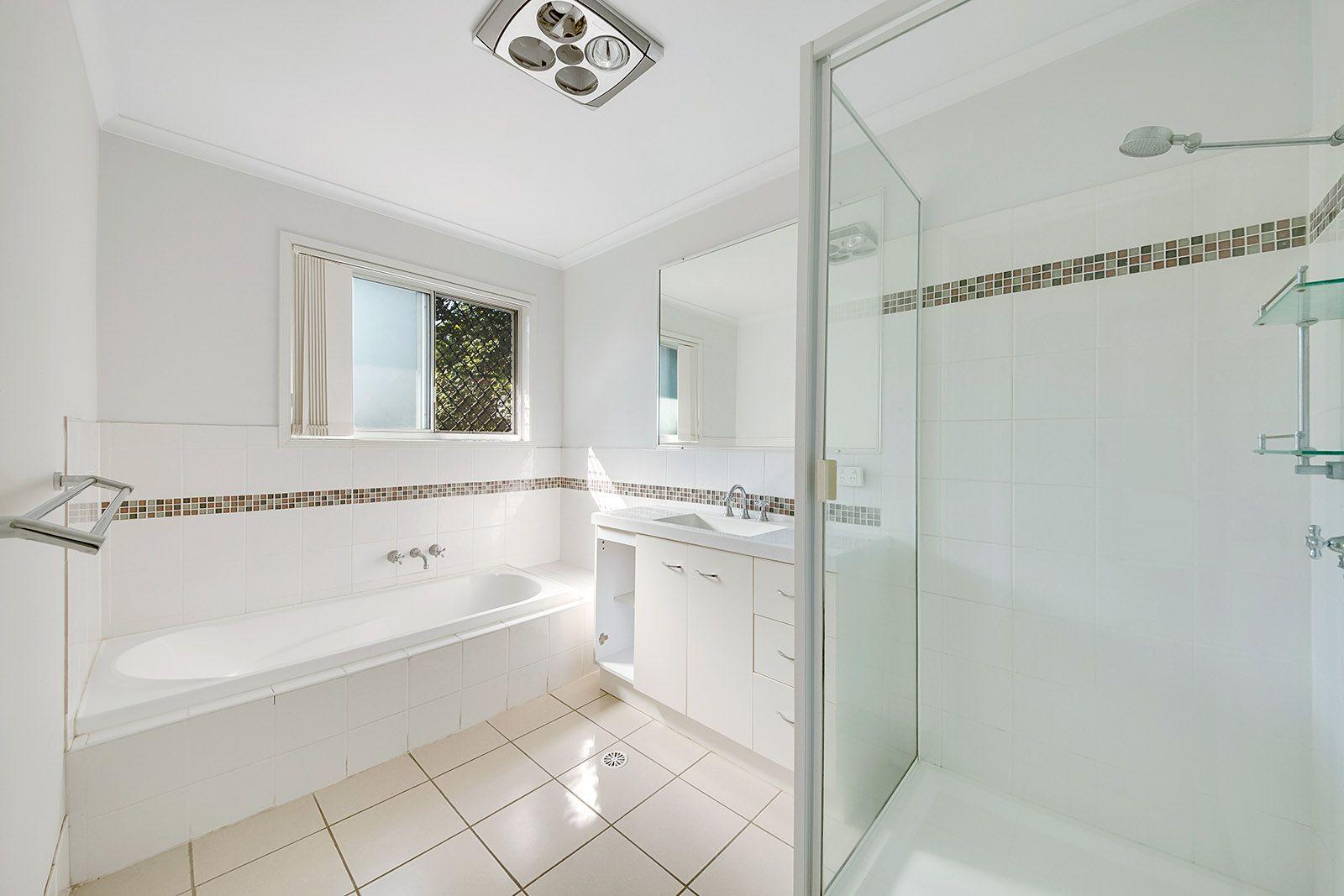 26 Mellefont Street, West Gladstone QLD 4680, Image 2