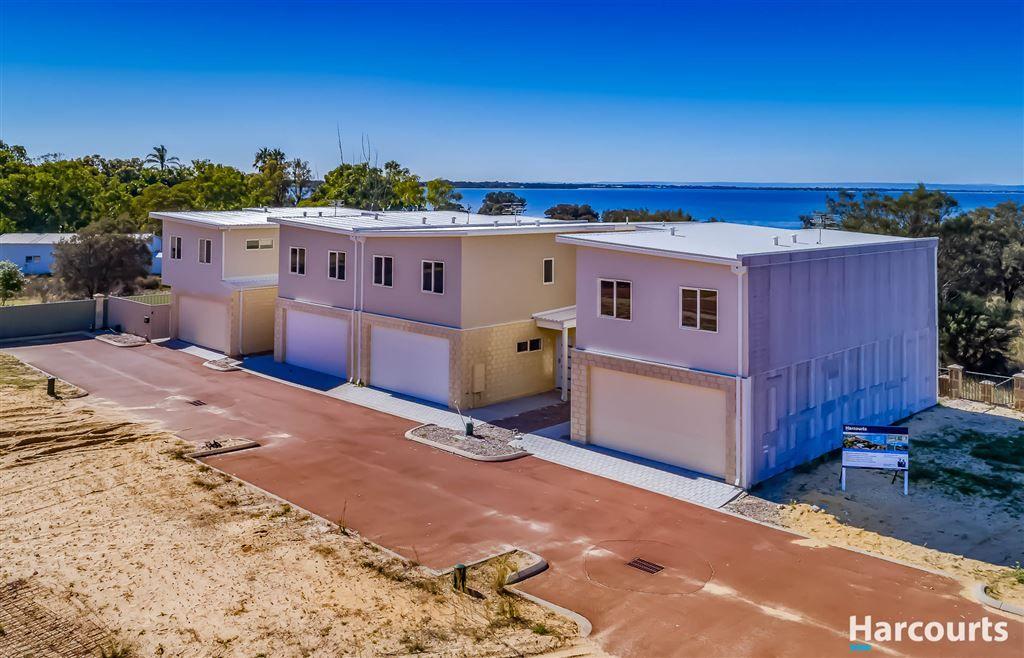 8/15 Bluerise Cove, Falcon WA 6210, Image 2