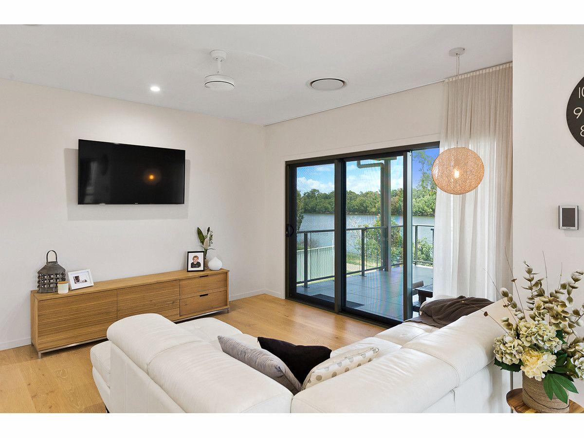 107 LARCOMBE Street, Kawana QLD 4701, Image 2