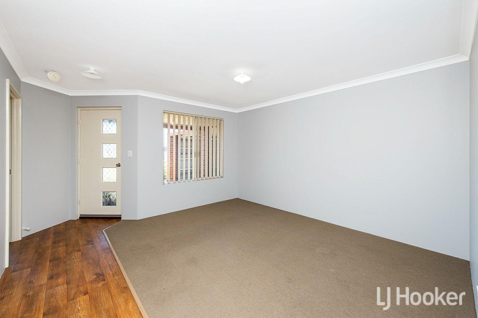 127 Macquarie Drive, Australind WA 6233, Image 1