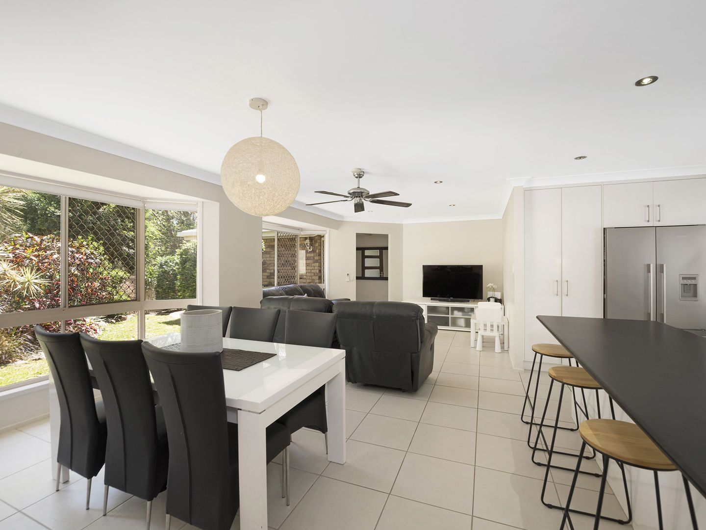 2 Martindale Place, Forest Lake QLD 4078, Image 0