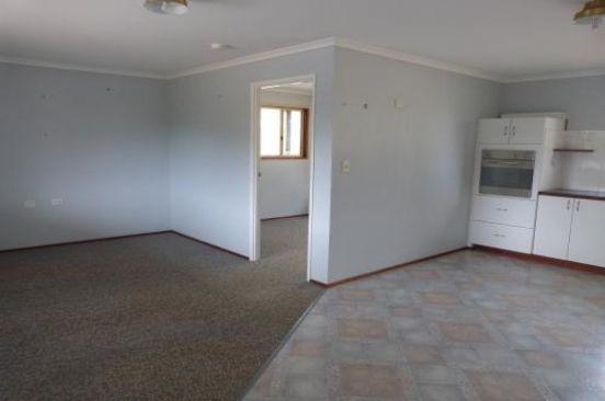 7 Sandford, Moore QLD 4306, Image 2